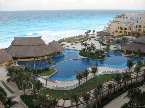 ? ?? ? ?? 1?? ?? ??. Cancun was heaven on earth. (??? ??.